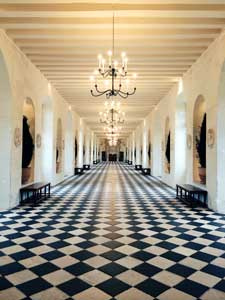 interior of Chateau Chenonceau
